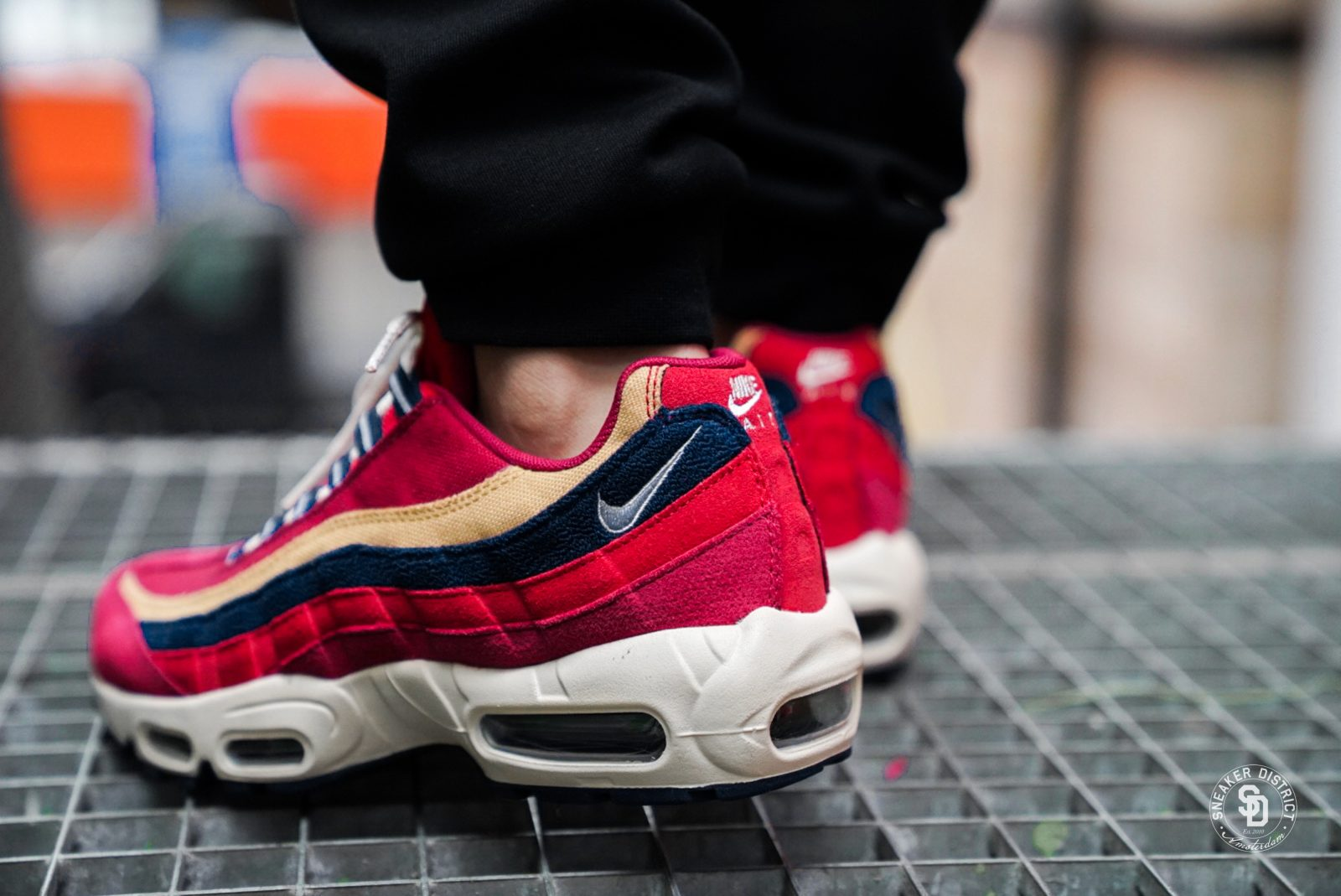 NIKE Nike Air Max 95 sneakers Red RED CRUSHPROVENCE PURPLE